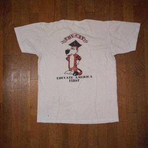 Vintage Jerzees Hawaii T-shirt Blue Size Medium Distressed Graphics