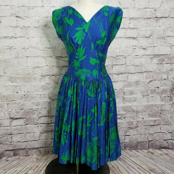 Vintage 50s Hawaiian Tropical Floral Fit and Flare