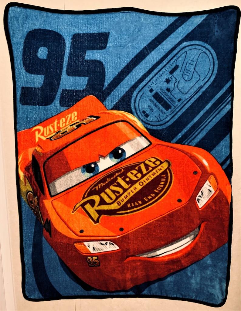 /'RIDE The CIRCUIT/' fleece Throw 56 x 40 Huge Graphic Images fabric CARS Disney\u00a9 Pixar Lightning McQueen Rust-eze diy Recycle Sew Craft