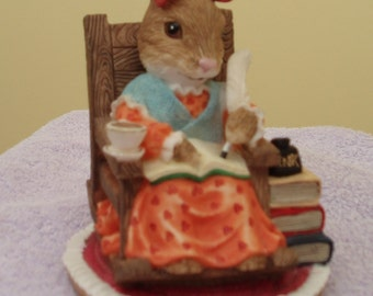 Rebecca Rabbit - Little Nook - Leonardo Collection