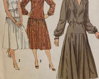 """Vintage Simplicity 8749 Womens Misses Pullover Dress Sewing Pattern  Dropped Waist 1970s Size 14 Bust 36"""" UNCUT FF"""