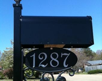 Classic Mailbox (Standard size with Fleur de Lis)