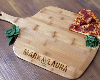 Personalized Pizza Peel, Custom Pizza Peel, Engraved Wood Pizza Peel, Housewarming Gifts, Christmas Gifts, Pizza Lovers --PZ-WOOD-MarkLaura