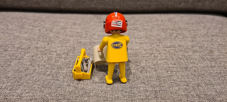 Rare Vintage Playmobil 1974 Figure Technician good condition fully equipped.