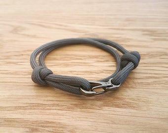 Custom Paracord Clip Wrap Bracelet - PGUK - Wrap Bracelet - Grey Clip Hook - 77 Colours - Mens Bracelet - Womens Bracelet - Unisex