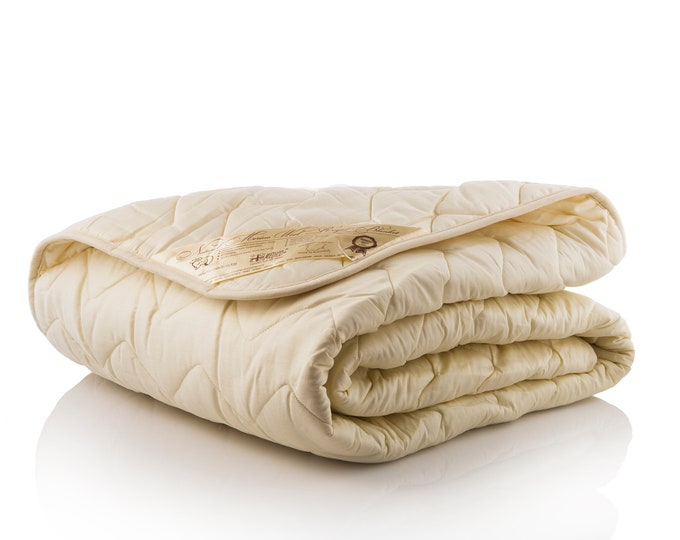 Quilted  Wool filled Duvet Insert /All sizes / Creamy or White Cotton sateen and WOOL filling  / Quilt / Comforter / Doona