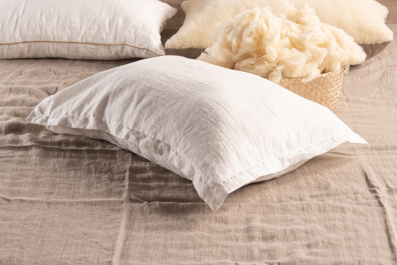 Oxford style linen pillow wool filling pillow flax and wool White