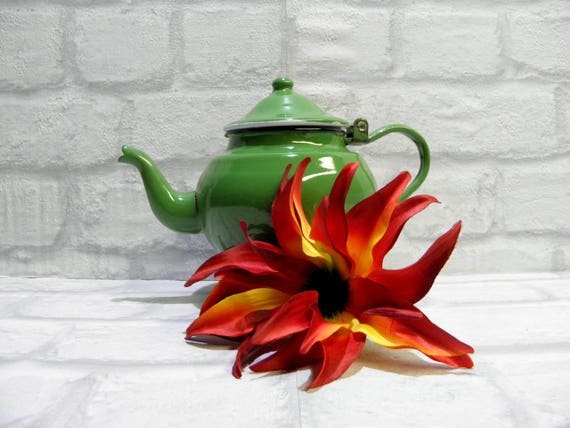 Chique Vintage Keuken : Vintage groen emaille theepot groen waterkoker retro keuken etsy