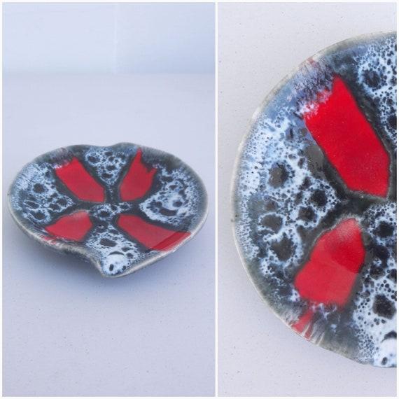 2 Bunny Rabbits Bunnies Vintage Ceramic Mini Trinket Box 3