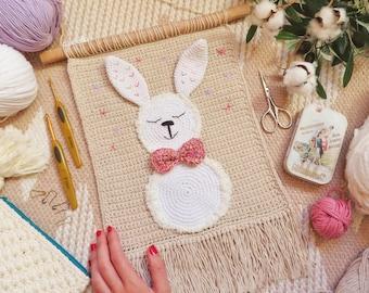 Crochet tapestry with rabbit, rabbit amigurumi, children's decoration, children's decorative tapestry, wall decoration