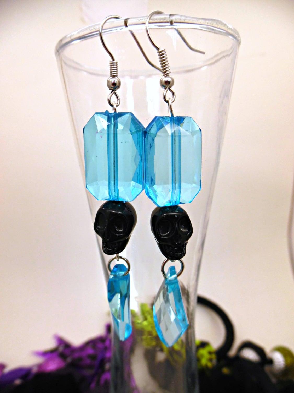 Dropsnatch Blue Black Marble: Black And Blue Skull Drop Earrings // Dangling Skull