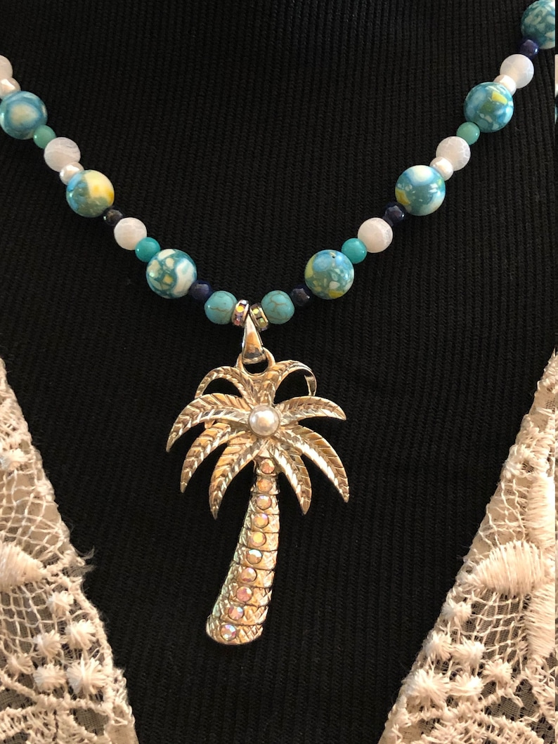 PALM TREE PENDANT necklace