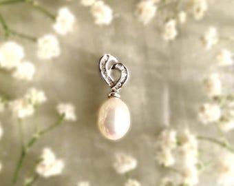18k White Gold, Diamond and Pearl Pendant