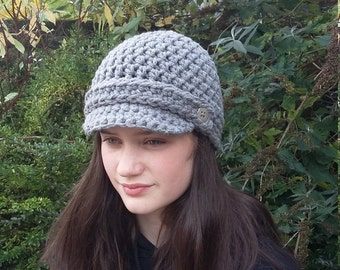 Newsboy Hat, Brimmed Beanie Hat, Crochet Hat with Visor, Christmas Gift, Gift for Her, Women's Winter Hat with Brim, Gift for Mum,