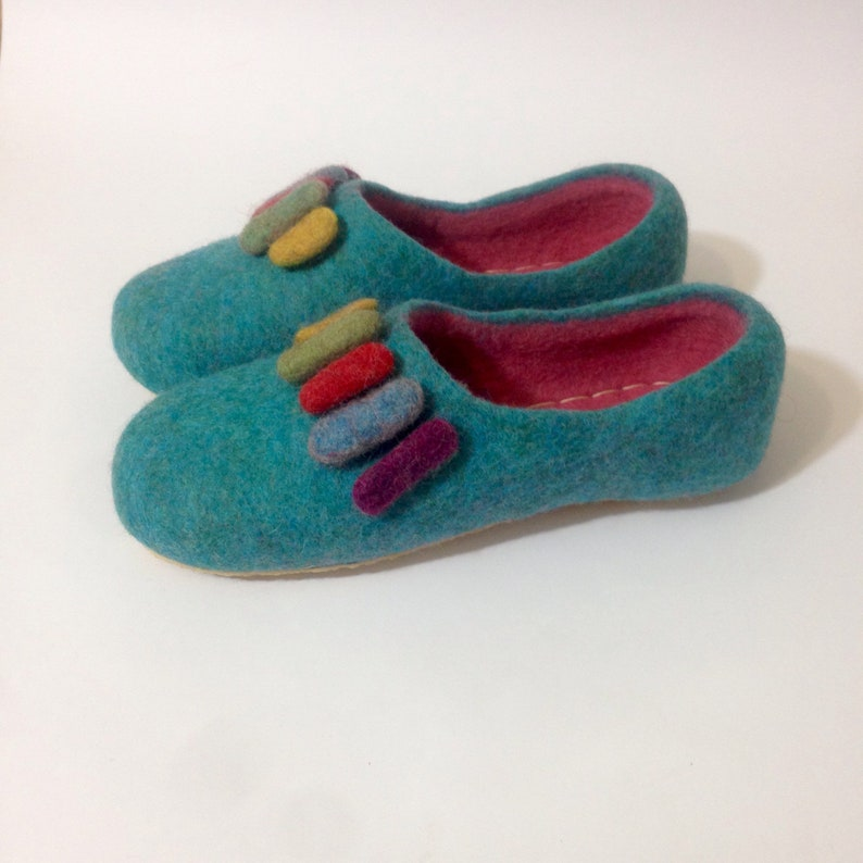 cc75748eafa5f Wool slippers for women Felted clogs Felt beads Women's house shoes Cozy  warm slippers Rubber soles Gift for Mommy