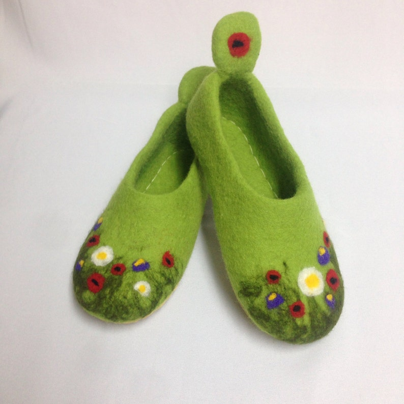 87c14c35e743e Green felted woolen clogs for women Warm home felt shoes handmade Wool felt  slippers rubber soles Made to order Vegan shoes
