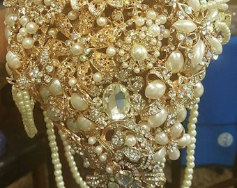 Brooch Bouquets (Customizable)