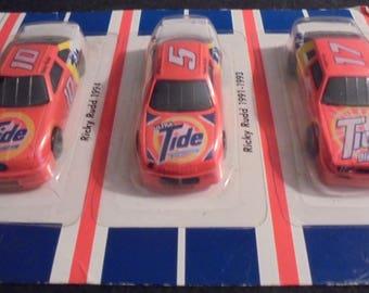 325bd0a009661 NASCAR Champions Tide Racing Team Vintage Collectors Edition Car Set
