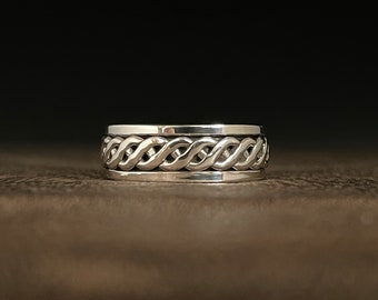 Braid Spin Ring // 925 Sterling Silver // Interwoven Celtic Design Spin Ring