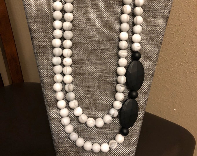 Perfectly Layered marble necklace with oval accents