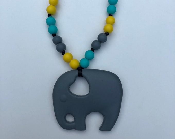 On The Go Elephant teether- Grey