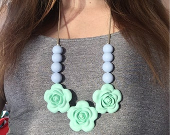 Bloom necklace- Mint and Periwinkle