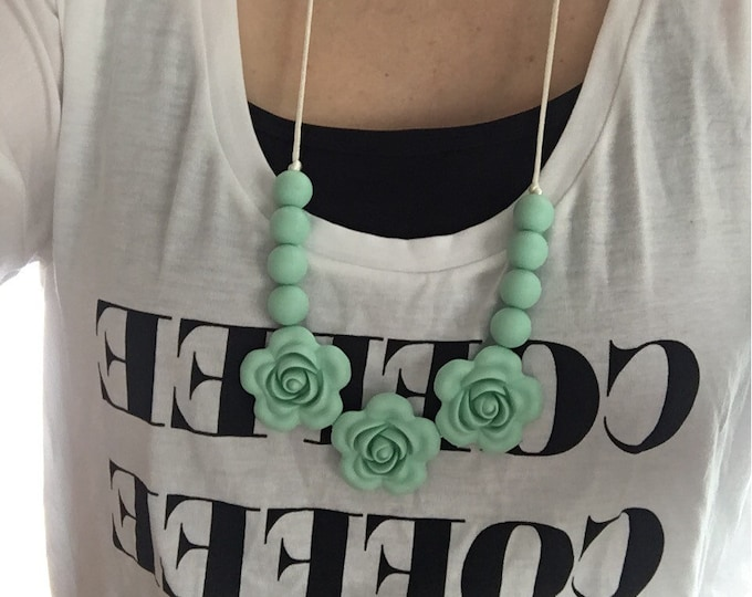 Mint, black or white flower necklace