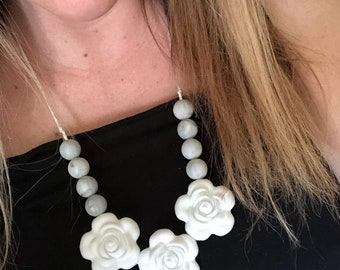 White and marble colorblock flower teething necklace, silicone chewable beads, shower gift, nursing necklace, chew beads
