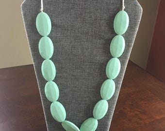 Chic necklace in Mint
