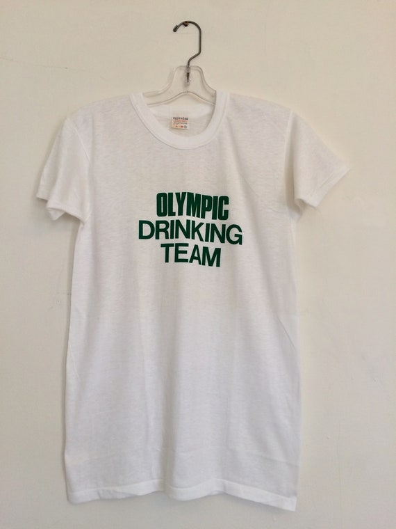 Vintage Drinking Tshirt // Olympic Drinking Team S