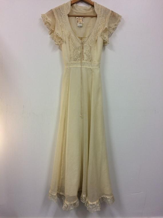 Vintage 70s Gunne Sax Dress // 1970s Wedding Dress