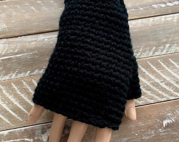 FREE Shipping Fingerless Handmade Crochet Knit Gloves Mittens Wristwarmers Handwarmers Black Mits Cute Acrylic