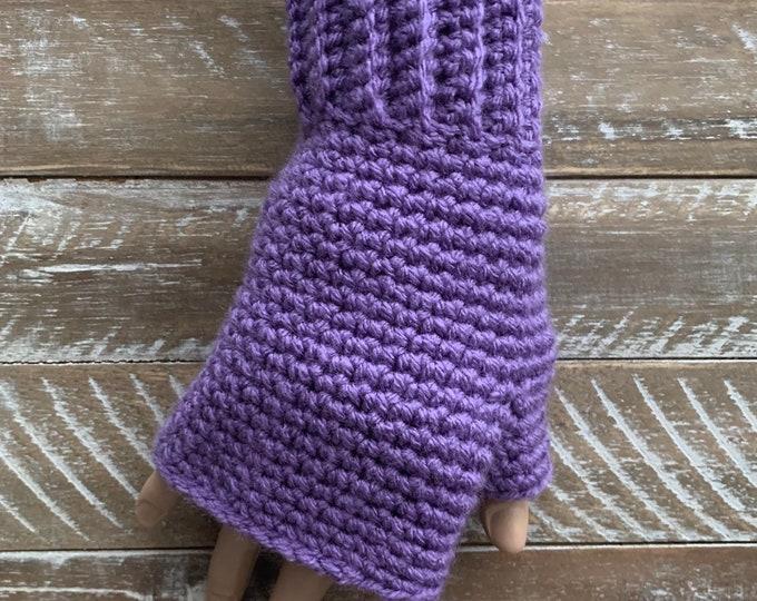 FREE Shipping Fingerless Handmade Crochet Knit Gloves Mittens Wristwarmers Handwarmers Lavender Purple Mits Cute Acrylic