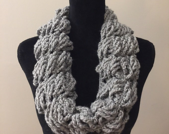 Handmade Scarf Cowl Bulky Warm Soft Vegan Yarn Large Oversized Textured Thick Infinity Crochet Knit Gray