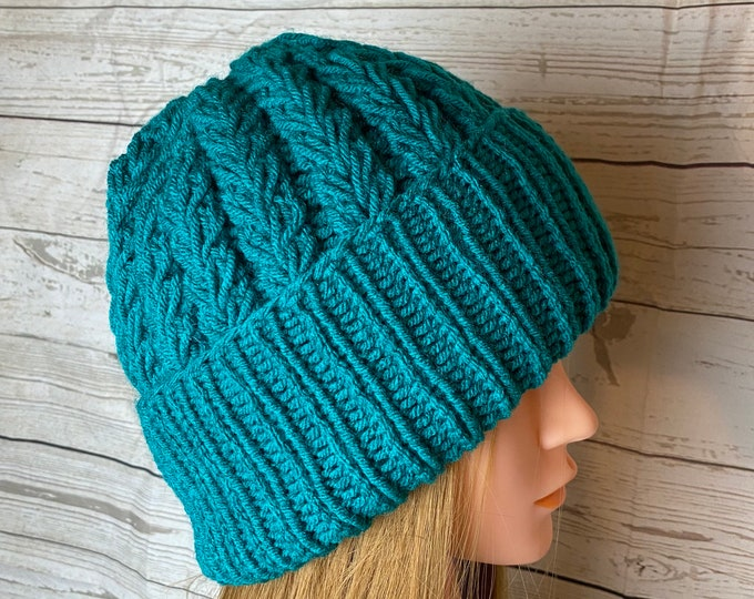 Handmade Knitted Crochet Slouchy Beanie Hat Unisex Cable Braid Knit Unique Winter Designer Unique Double Rib Acrylic Green