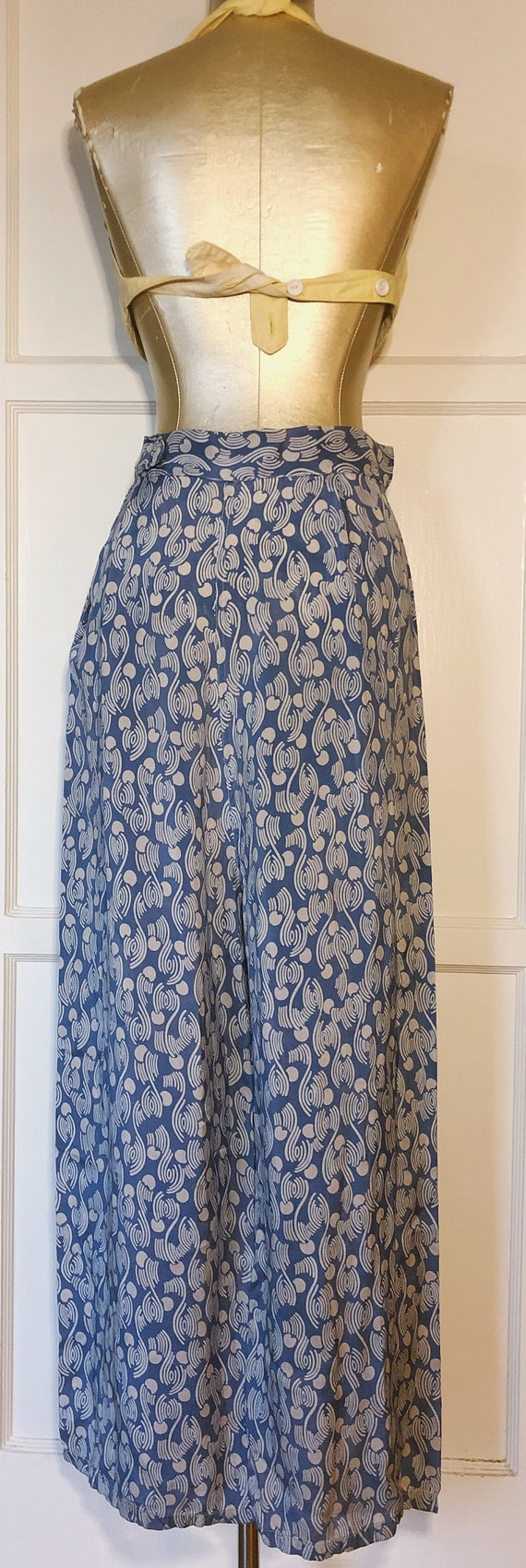 1940s Blue and White Lounge Pants - image 2