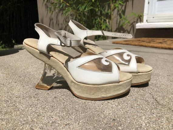 1960s/70s carved Lucite heel platform