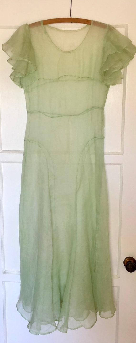 1930s Beautiful Light Pistacho green gown