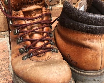 Vintage Colorado Leather Hiking Boots / Unisex / Brown Leather / Climbing / Trail Walking / Backpacker Boots / Worn In / Labourer