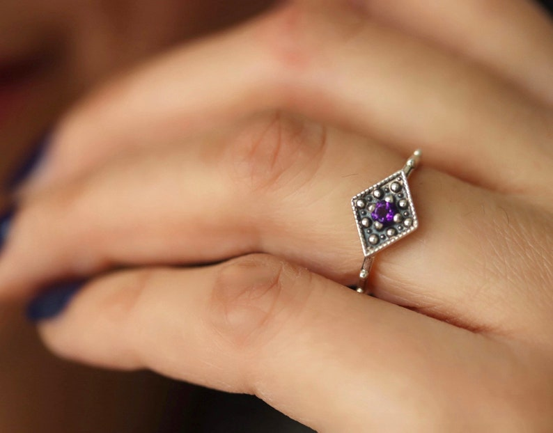Art Deco amethyst ring 925 sterling silver Diamond shaped Geometric ring vintage inspired victorian ring February  birthstone