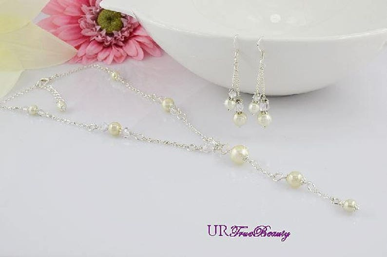Bridesmaid Necklace Maid of Honor Gift Sets Necklace Jewelry Set Ivory Jewelry Bridesmaid Necklace Flower Girl Necklace Pearl Bracelet