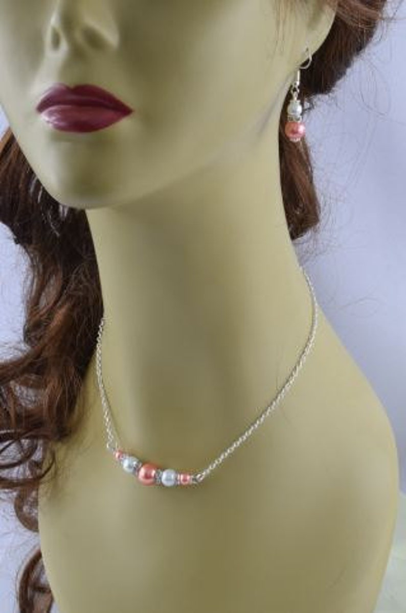 Bridesmaid Gift Pink Jewelry Set Coral Pearl Jewelry Wedding Bracelet and Earring Pink and white Bridesmaid Necklace Wedding Jewelry