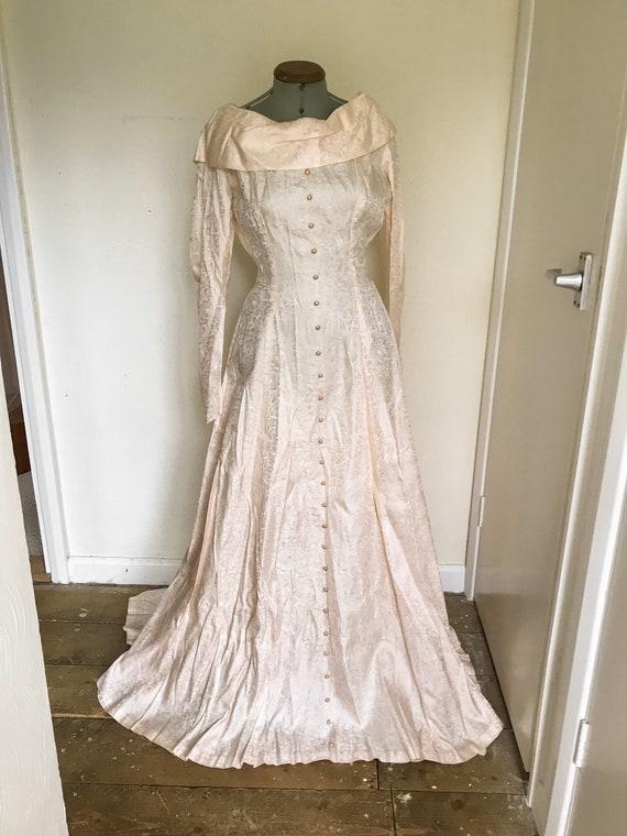 Vintage 1950s Pink Satin Floral Wedding Dress - W… - image 2