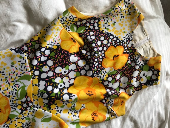Vintage 1960s Bright Yellow Floral Maxi Dress/Flo… - image 3