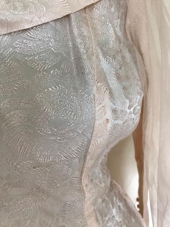 Vintage 1950s Pink Satin Floral Wedding Dress - W… - image 7