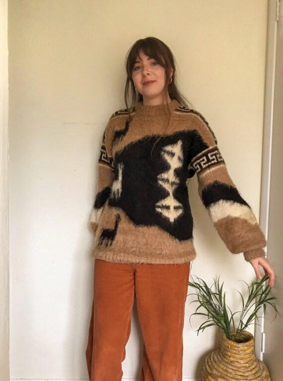 Vintage Beige Mohair Lhama Peruvian Pattern Jumper