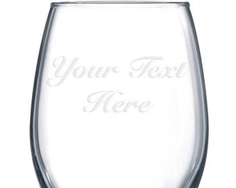 Personalized Etched Wine Glass / Engraved / Wedding Gift or Anniversary Present Custom Bridesmade Gift