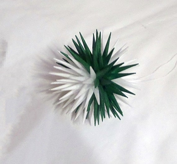 Diy Polish Star Ornament: Green And White Handmade Polish Star Holiday Tissue