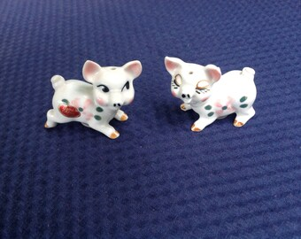 50's Salt and Pepper Shakers Piglets Tiny Japan