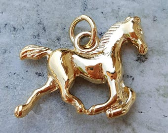 14k gold horse charm, stallion charm, gold horse pendant, horse jewelry, animal charms, horse lovers jewelry gifts, mothers day gifts
